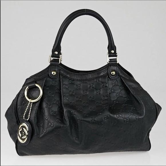 2daa0a6ed933 Gucci Handbags - Gucci Sukey Black top handle 👜 like new